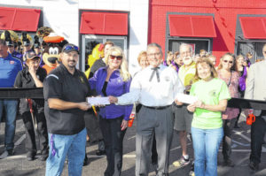 Eaton KFC/A&W celebrates Grand Re-Opening following renovation