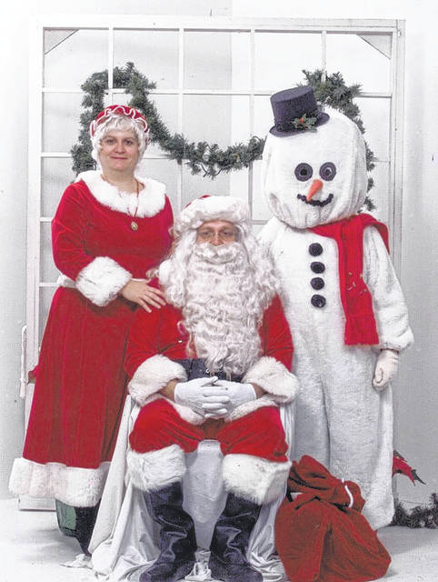 Elaine Fudge (Mrs. Claus), Morris Fudge (Santa Claus), and Tim Morrow (Frosty the Snowman) were instrumental in making Whispering Christmas rich with history. While several Santa helpers now play the jolly elf, for years Fudge was the only Santa Whispering Christmas knew.
