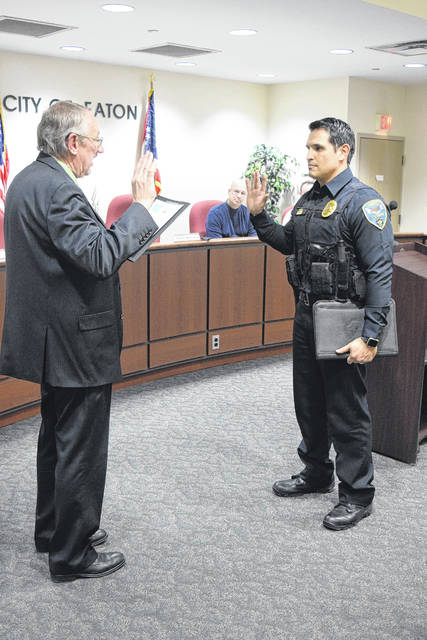 Mayor Gary Wagner swore Chief Hurd into his new position, followed by a pinning ceremony during which Hurd's wife pinned his new badge onto his chest.